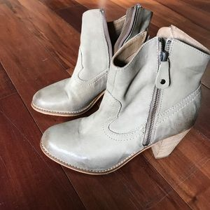 Rebels real leather tan booties