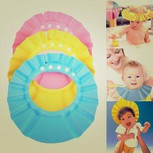 Other - Baby showering cap👶🏼🌧💞