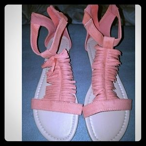 NWOT Peach Fringe Sandals