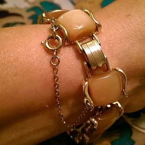 ❇❇Vintage Coro bracelet