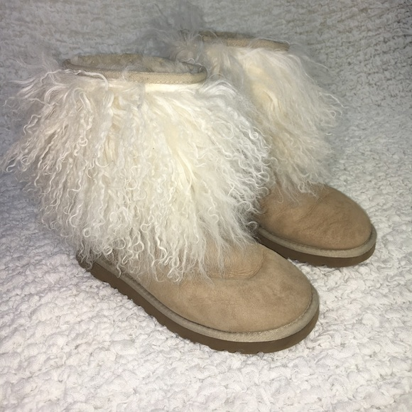 a6ea8fbe297 Ugg tan sheepskin cuff Mongolian white fur boots