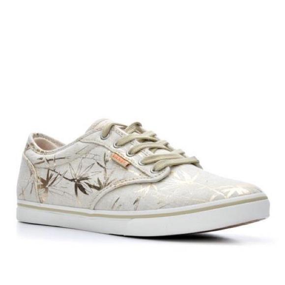5838cdf6a935 Vans Gold Palm Print Sneaker. M 59d505634e8d17327a088806