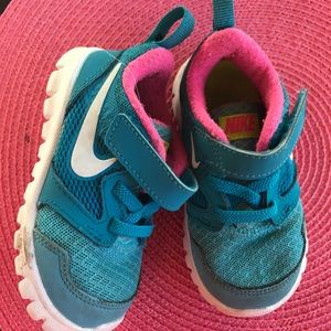 Nike blue and pink 6c toddler sneakers