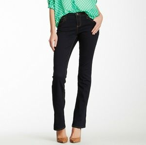 Kut from the cloth michelle slim flare dark wash j