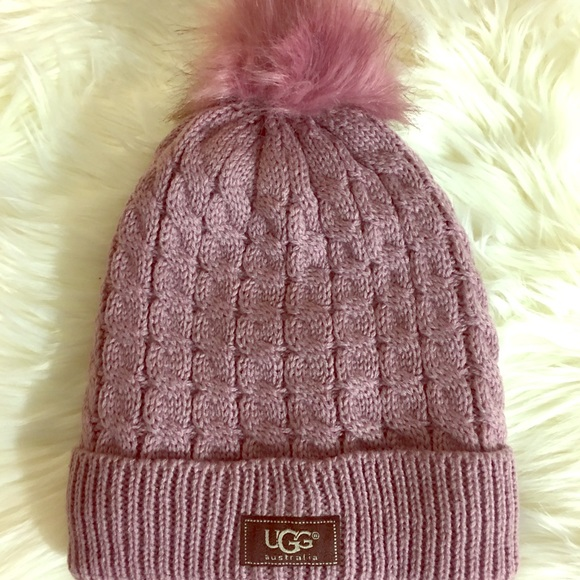 09961ae26b0 💜Lovely Lavender Ugg Cable Knit Beanie NWT💜. M 59d383e64127d011fa036a9c