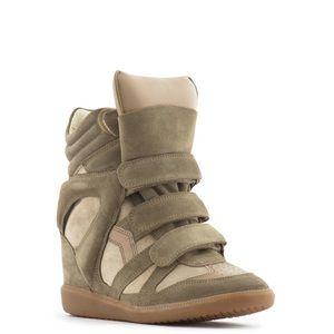 Isabel Marant Bekett beige suede wedge sneakers