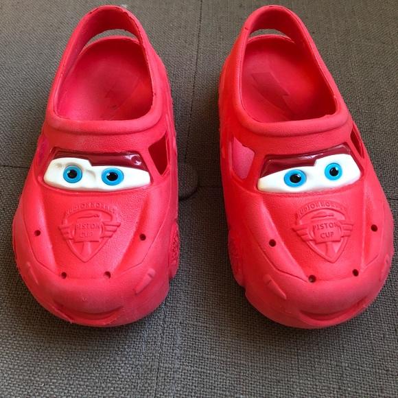 863cefbbc78033 Disney Other - Toddler lightning McQueen crocs