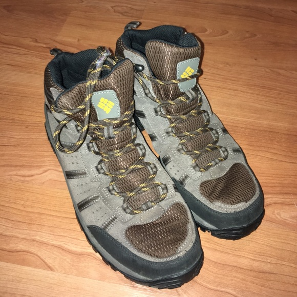 13850a9d3e9 Men's Columbia hiking boots size 10.5 used