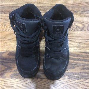 Osiris black sneakers boys/ men's 6
