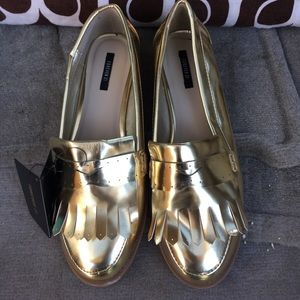 Shoes - Forever 21 Gold Loafers