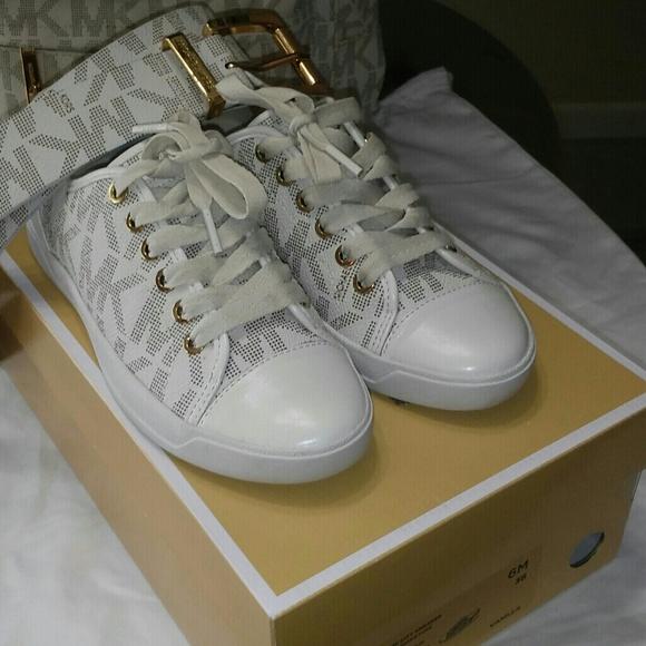 c4618944f6 Michael Kors Shoes | Vanilla Signature City Sneaker W Box | Poshmark