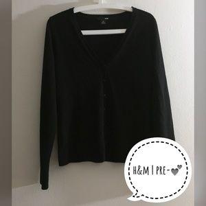 ✂️FINAL PRICE H&M Black Button Down Cardigan - M