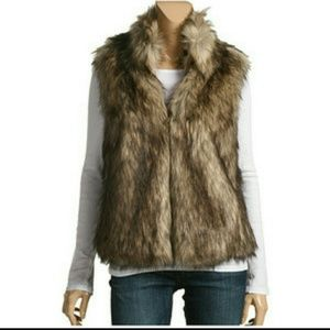 🎉HP🎉Michael Kors Faux Fur Vest