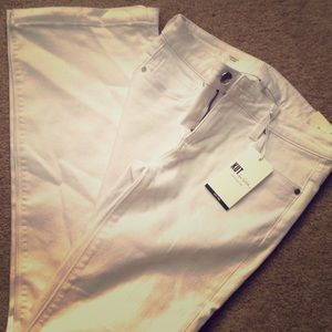 NWT Kut From The Kloth Chrissy Flare White Jeans