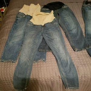 Denim - Maternity capris/jeans