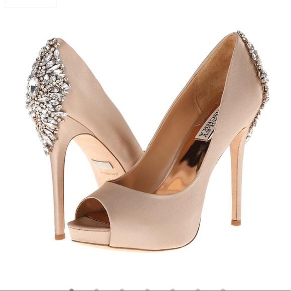 Badgley Mischka Shoes - Badgley mischka kiara heels