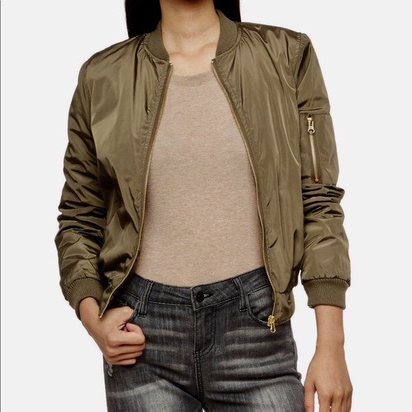fashionable and attractive package best selection of 2019 bottom price Women's Olive Green Bomber Jacket NWT