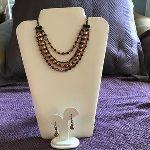 Jewelry - 🌸Fashion Necklace and Earring Set🌸