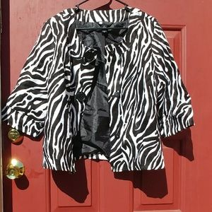Jackets & Blazers - Fashion-Foward Black & White jacket