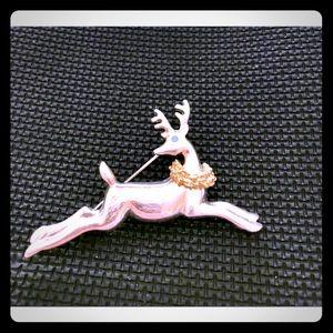Gorgeous vintage reindeer pin