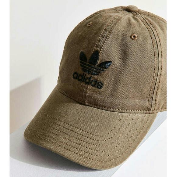 Adidas Original relaxed strapback Baseball hat. 09861d57f