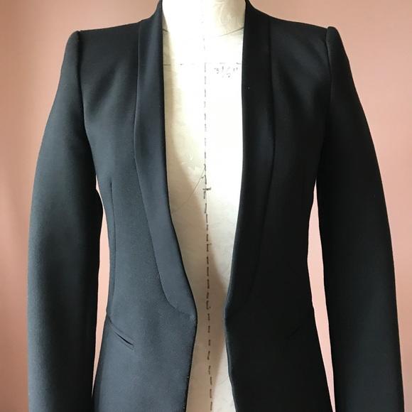 389f7bc38ab5 Balmain inspired blazer by Zara. M 59d3efc178b31c3603051a97