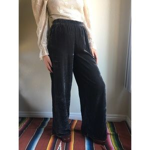 UO✨crushed velvet wide leg pants