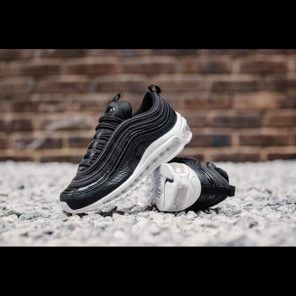 Nike WOMEN'S Air Max 97 PRM Premium Snakeskin Black