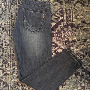 Kardashian Kollection Kourtney Jeans!