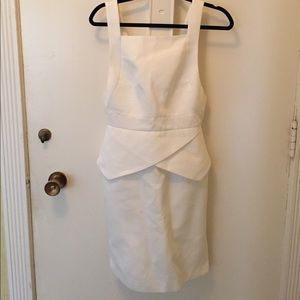 White dress -Finder Keepers