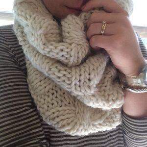 Creamy Cable Knit Cowl Neck Scarf