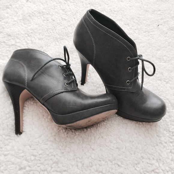 657aec4572ad Madden Girl Shoes - 🔥 STEVE MADDEN GREY LEATHER PUMP PLATFORM BOOTIES