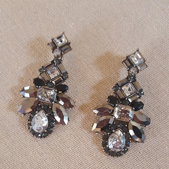 2e8bd4ca385 Chloe + Isabel Jewelry - Chloe + Isabel Midnight Palace Statement Earrings