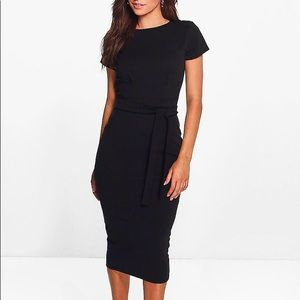 Dresses & Skirts - BLACK tailored midi