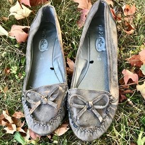 Pewter loafer flats size large 8/9