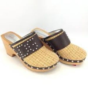 {dolce & gabbana} Woven Straw Initial Clogs