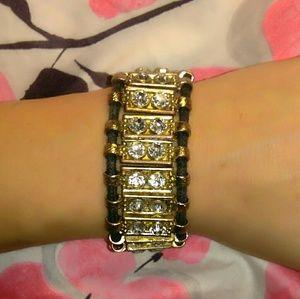 🎉SALE🎉Gorgeous Gold-Tone & Crystal Bracelet