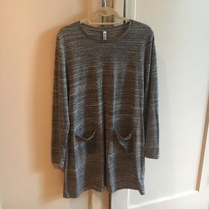Fabletics mini l/s dress