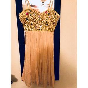 Dress • pink dress 👗