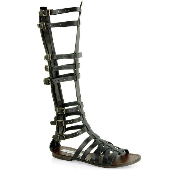 b560b95154f Steve Madden Women s Sparta Gladiator Sandal size9.  M 59d44507a88e7d78f9069448
