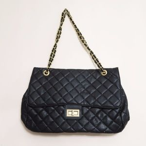 Handbags - New Black Quilted Gold Hardware Chain Handbag