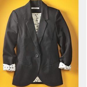 Black Rainn Linen Blazer