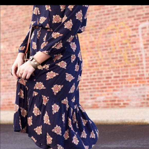 LOFT Dresses - Navy Printed Midi Boho Dress