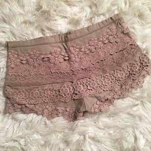 Monteau Crochet Shorts