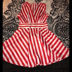 🚨Price Drop🚨Red and white striped dress