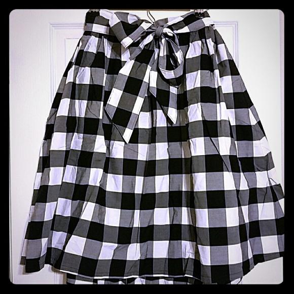 022e86c8e4fe Lane Bryant Skirts   Black And White Gingham Skirt With Tie Waist ...