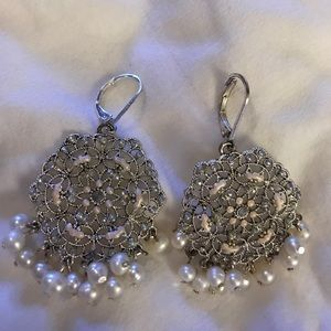 Ann Taylor pear fan style earrings