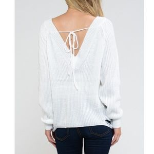 Sweaters - 🌸sale! white distressed sweater💕