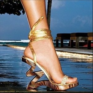Victoria's Secret Two Lips Zig Zag Wedge Sandals