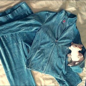 🤸🏼♀️ Teal Velvet Track Suit